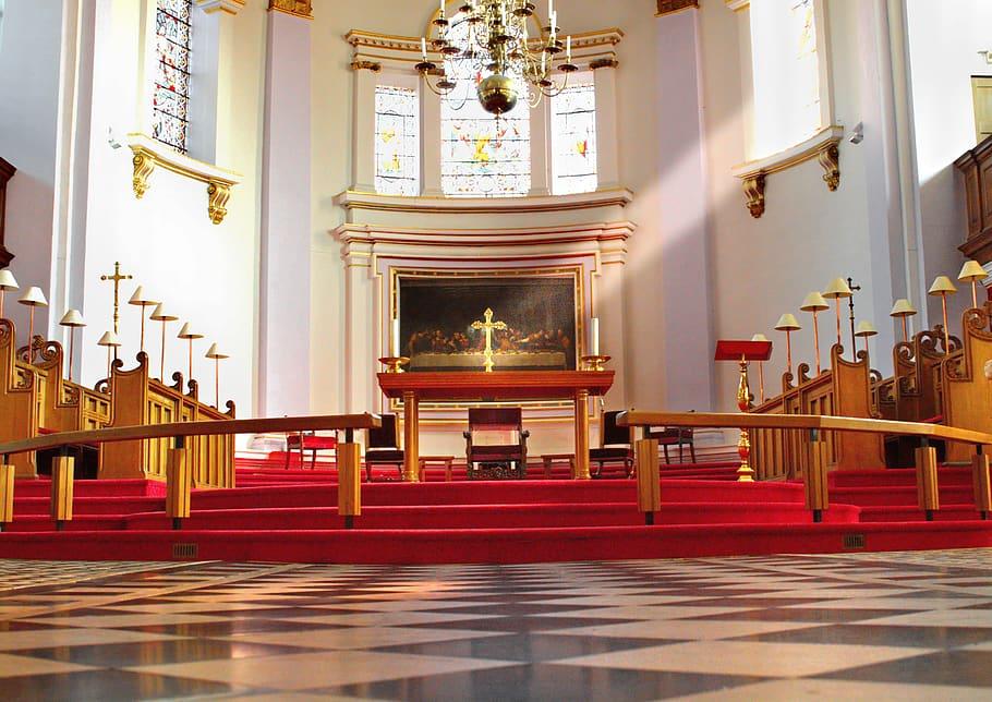 Médaille de baptême religieux : comment bien la choisir ?